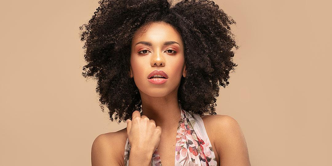 Tendências de cortes de cabelo para 2021 - Cabelos Cacheados - DOHA Professional